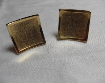 Avon gold square cuff links, gold tone signed toggle, men's accessories, gifts for men, Gingerslittlegems