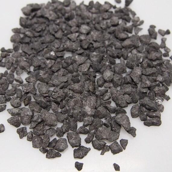 Black Crushed Rock : Decorative crushed black stone rocks gram