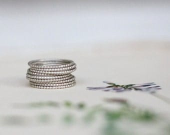 8 Ring Dotty Stack