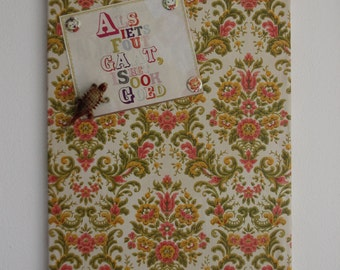 Magnetic Board with Baroque vintage wallpaper