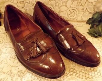 Bostonian Chestnut Wing Tip Tassel Loafer Size 10 . 5D