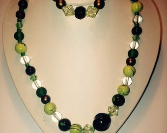 Green Glass beaded necklace/bracelet combo