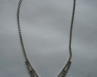 Beautiful 1960s Art Deco Rhinestone Necklace