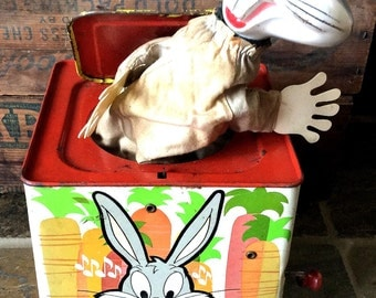 Vintage Antique Estate Metal Bugs Bunny Mattel Music Jack in the Box Toy