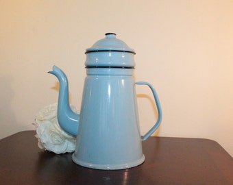 Robin's Egg Blue Enamel Coffee Pot – Glud & Marstrand – Denmark