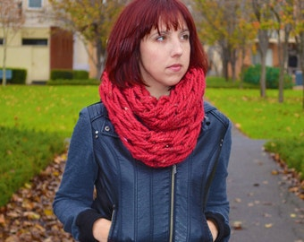 Chunky Handwoven - BLOOD RED Winter Infinity Scarf