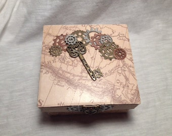 Hand Decorated Gift Box-Map & Key- 4 in.