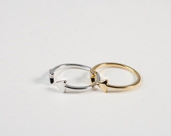 Brass Arrow Glossy Rings