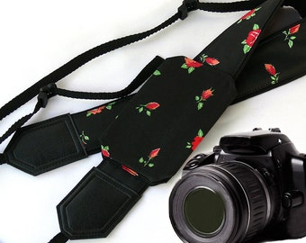 Flowers Camera strap. Camera strap with pocket. Roses camera strap.  DSLR / SLR Camera Strap. Camera accessories.