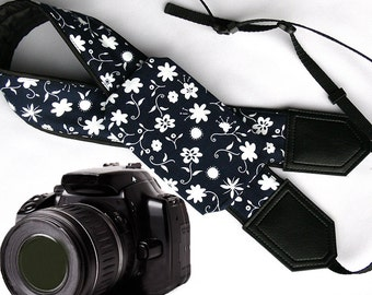Floral Camera strap with pocket. White stylized Flowers camera strap.  DSLR / SLR Camera Strap. Camera accessories.