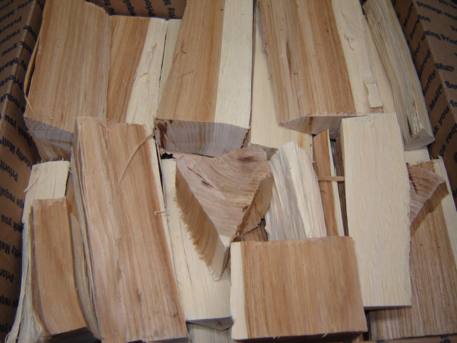 Pignut Hickory Wood Chunks For Grilling Smoking No Bark Oil