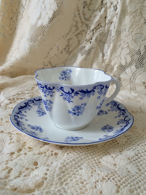 Shelley Fine Bone China Dainty Tea Cup And Saucer Heavenly