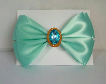 Beautiful Mint Green with Jewel Bow