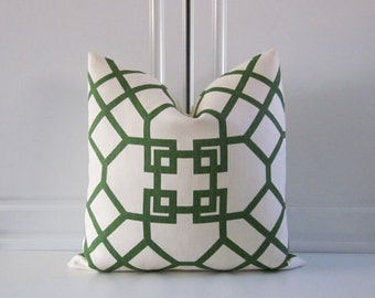 Kravet Couture Decorative Pillow Cover-Emerald Green Chinoiserie-Geometric-18x18,20x20,22x22,24x24