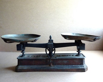 vintage french weighing scales