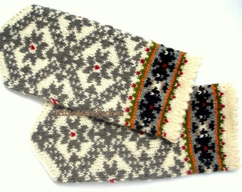 Hand Knitted Wool Mittens White Gray Mittens Hand Knitted Wool Gloves White Gray Wool Gloves Patterned Latvian Mittens Warm Winter Mittens