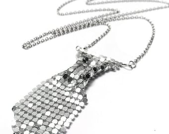 Silver Tone Tie Shaped Necklace