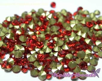 100x Grade A Glass Rhinestone Chatons 3.4 mm - Siam (red)