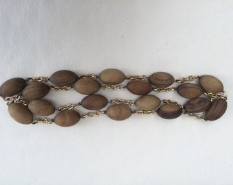 Mid-century wooden necklace