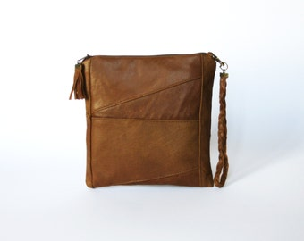 Genuine leather clutch / Handmade Clutch / Makeup Bag / Cosmetic Case / Unique Hand bag / Zippered Clutch / Brown leather clutch