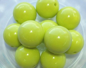Pastel Spring Green Chunky Beads--20mm--10ct