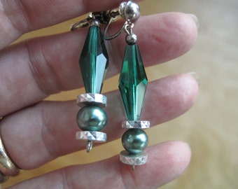 Green Crystal Earrings - 90
