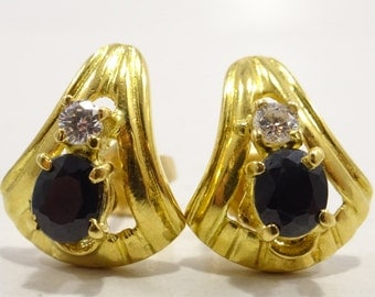 Vintage Mid- Century Modern Natural Sapphire Earrings 22k Solid Yellow Gold 1980's
