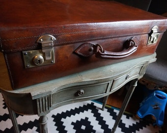 Finnigans Vintage Antique Suitcase / Trunk