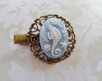 A Soft Blue And White Seahorse Alligator Hair Clip