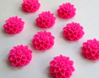 NEW - 14mm Resin Flower Cabochon - dahlia mum- Hot Pink - QTY 10