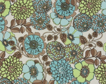 Classic Cottons OOP Fabric  -  Bryant Park Collection  -  Retro Floral 37478827-2 in Blue  -  One Yard
