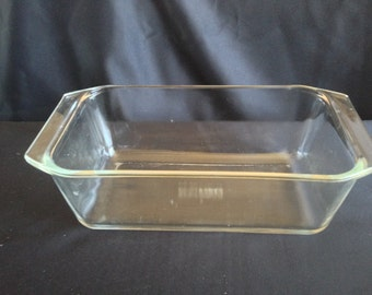 "Vintage Corningware ""Pyrex"" Clear Glass Loaf Pan"