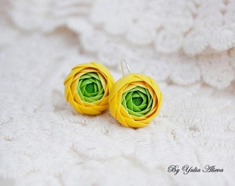 Earrings with Ranunculus, Clay flower earrings, Ranunculus earrings, Handmade flowers, Polymer clay jewelry,Clay flowers.