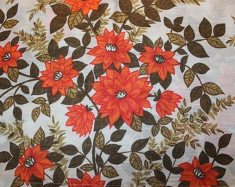 Delightful 60s vintage Curtain Valance with retro floral pattern in orange, brown and white. Made in Sweden Scandinavian.