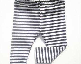 Black & White striped leggings, gender neutral, great stretch and comfort, happy baby, trendy baby