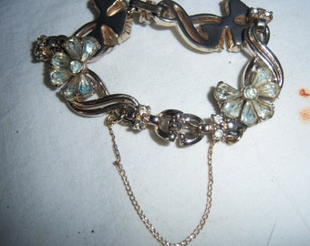 Vintage Gorgeous GOLD Tone RHINESTONE Bracelet with Safety Chain FLower Petals