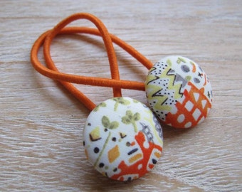 Fabric Covered Button Hair Elastic – Graphic (Set of 2)