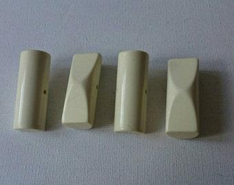 4 Vintage White Toggles
