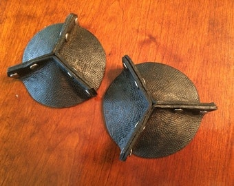"""2.5"""" 3 Piece Leather Riveted Pastie"""