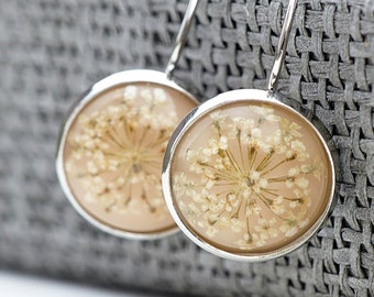 Quite delicate - Earrings with real flower