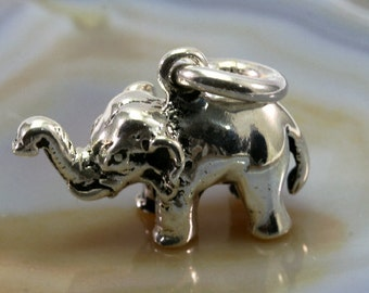 Elephant pendant 925 sterling silver - 4489