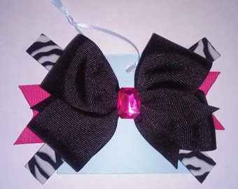Zebra and hot pink bow