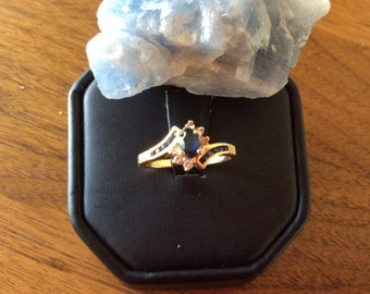 14kt Yellow Gold Marquis Sapphire