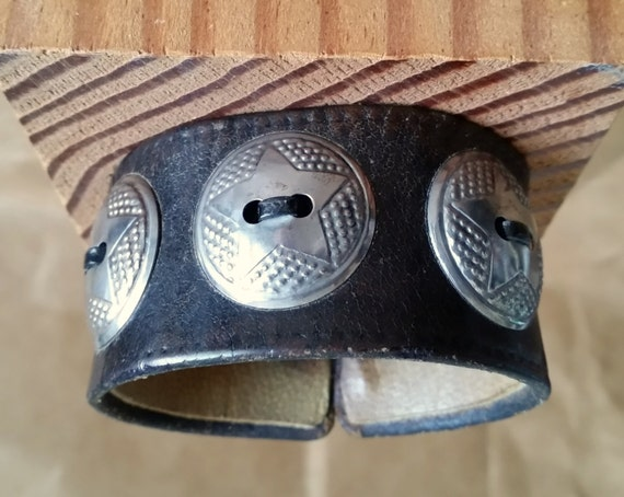 """OLD LEATHER Concho CUFF. Black Leather in Vintage, Distressed Look. Round Silver Star Conchos. 6-1/2"""" Wrist Size. Unisex. Hook Closure."""