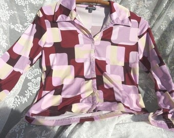 Vintage blouse/retro style. In super nice styled design. Colors Beige/pink/Maroon populate/70/Oldfashion/blocks/Pink