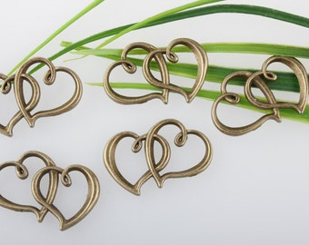 wholesale-10/pcs Lovely Antique Bronze Heart To Heart Charm Pendant 20*32mm Lovely Antique Bronze Heart To Heart