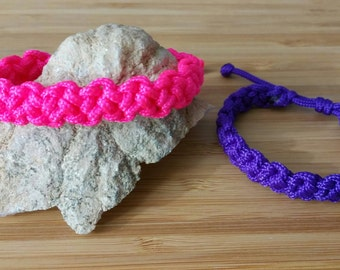 Paracord Bracelet Adjustable In your choice of COLORS! Great for Party Favors!