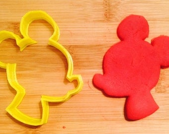 Disney Mickey Mouse Cookie/Sandwich Cutter