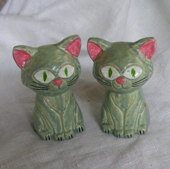 Funky Vintage Green Cat Salt Pepper Shakers W Big By