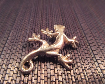 Sterling Silver Little Lizard Pendant